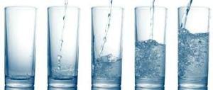 Banyak Minum Air Hangat